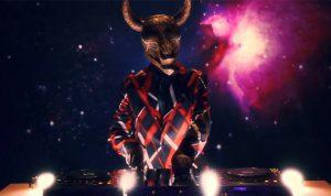 LIARのミュージックビデオが公開!